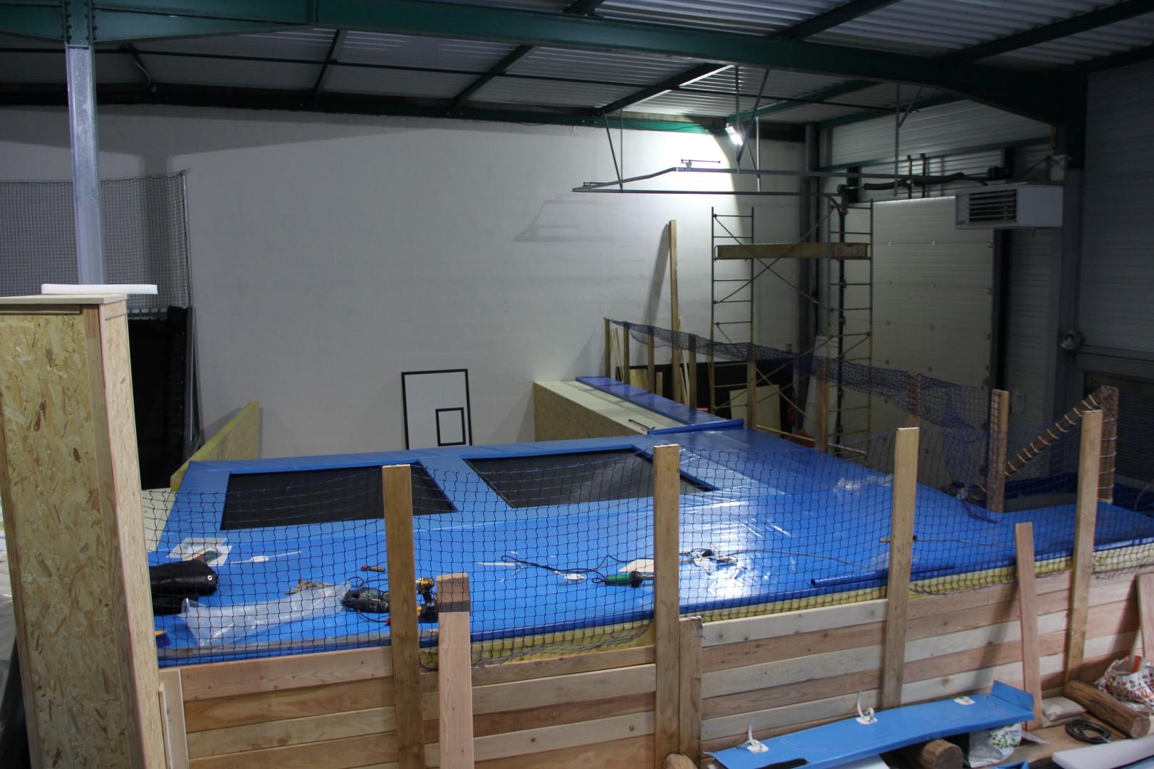 indoor trampoline park in france gladiaball opening april 2015 hajump trampolines. Black Bedroom Furniture Sets. Home Design Ideas